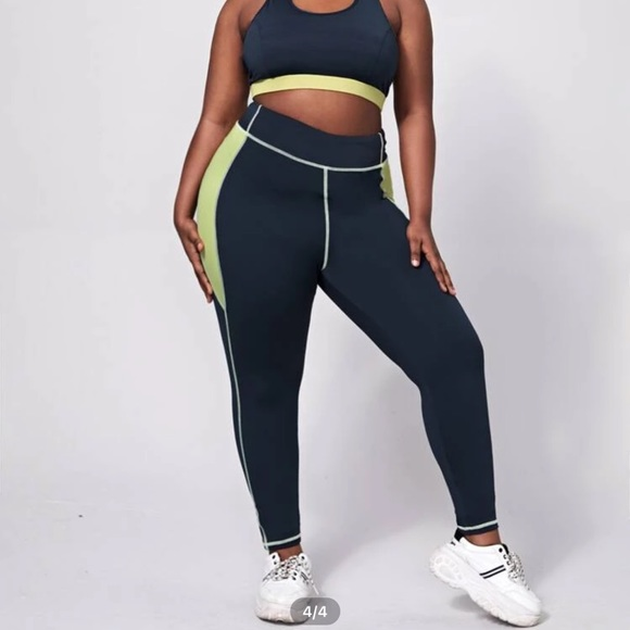 Navy blue/Green Workout Set.  soft and comfortable